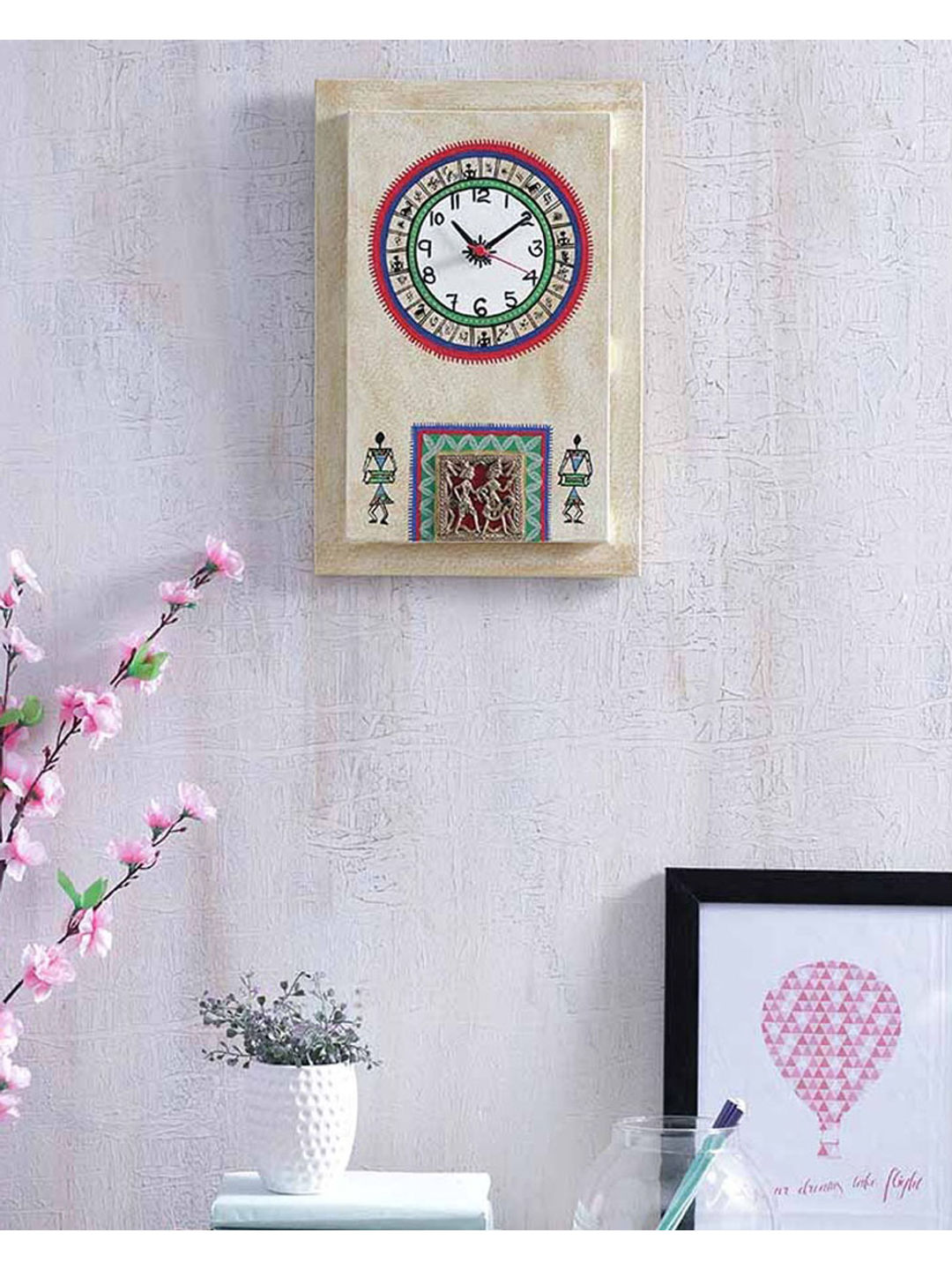 Simmer Gold Dhokra Clock