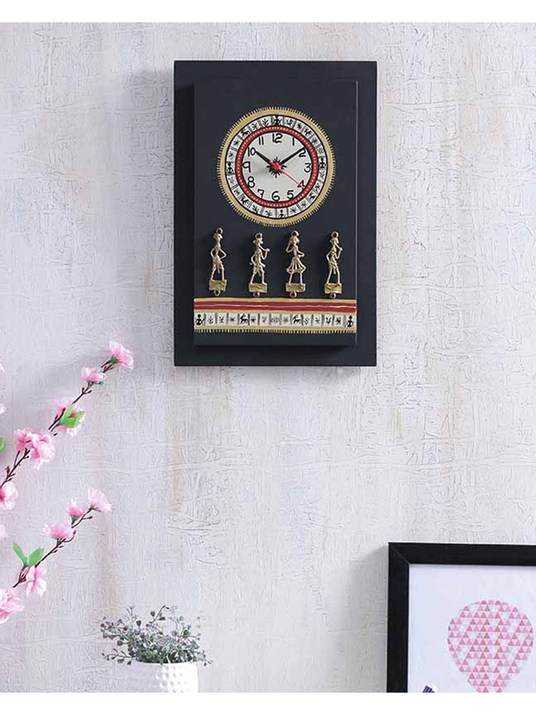 Black Dhokra Clock