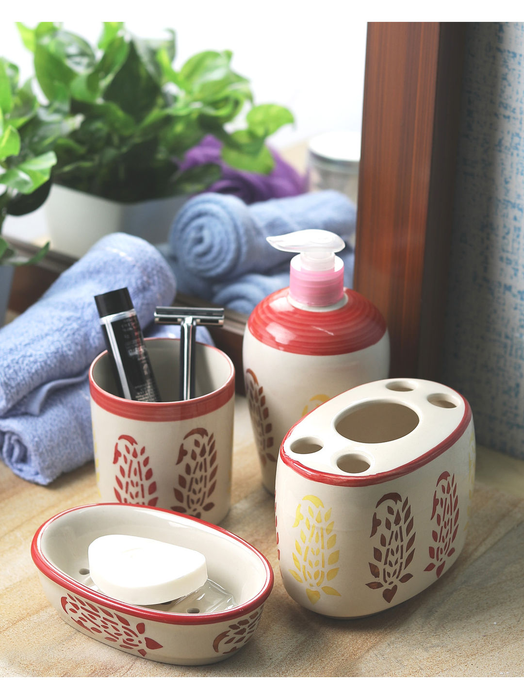 Red Paisley Ceramic 4 piece Bathroom Accessories Set