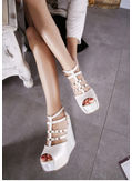 High Quality Studded Wedges - KP001902