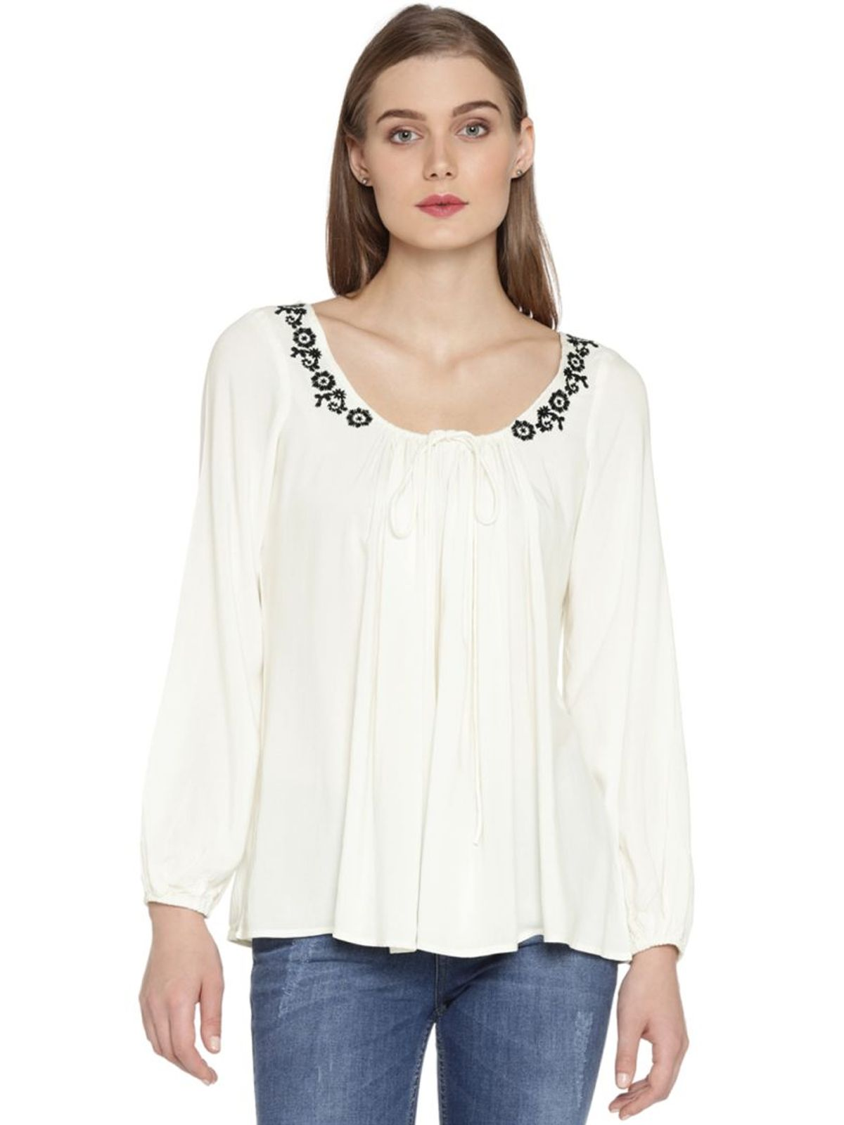 ANNA EMBROIDERED TOP