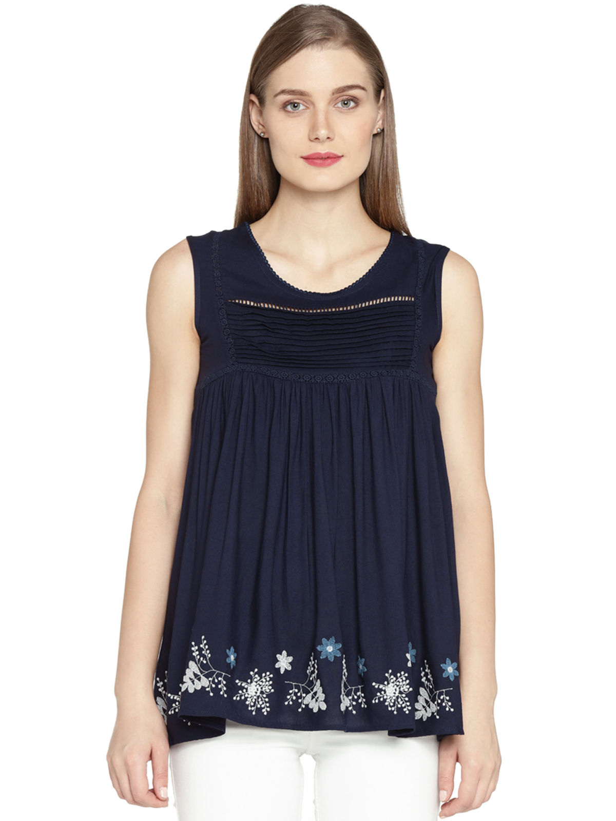 AGNES HEM EMBROIDERED TOP
