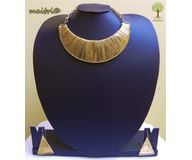Contemporary Light Choker Necklace Set - Gold EAJ5