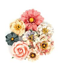 Sweet Kisses - Love Clippings Flowers