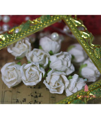 Big Rose Buds - White
