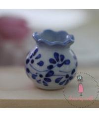 Miniature Curved Pot