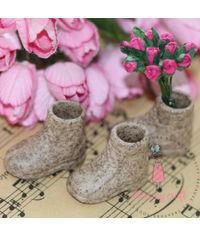 Miniature Garden Shoes
