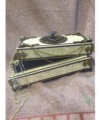 Premium Gaddi Box
