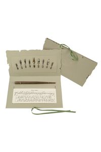Rubinato Calligraphy Set 422 Along With 9 Nib Set.