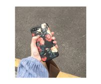 New Black red roses phone case​