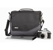 Think Tank Mirrorless Mover® 30i Shoulder Camera Bag