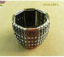 Bracelet - Antique stone studded