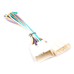 KMH Stereo Wiring Harness Socket for Renault Duster 2011