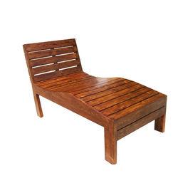 Siesta - An antique recliner