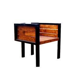 Feliciano  - Comfortable Box Chair