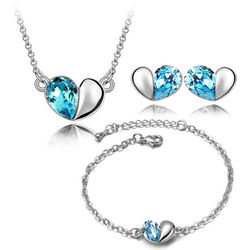 Exotic Heart Shaped Silver Blue Color Combo of Pendant Set with Earrings and Bracelet