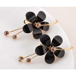 Exquisite CZ Dangling Studded Gold Toned Earring
