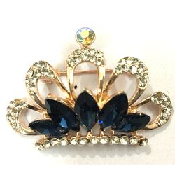 Sparkling  Midnight Blue   CZ Carved  Crown Brooch