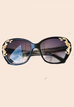 Gold Tone Oversize Sunglasses
