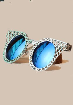 Grey Wooden Mesh Sunglasses