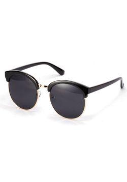 Classy Black Sunglasses