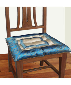 Zari Border Chair Pad by Dekor World