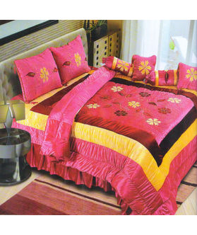Dekor World Floral Velvet Patch Quilt Combo. Set of 8 Pcs
