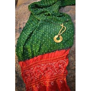 Green & Red Bandhani Stole