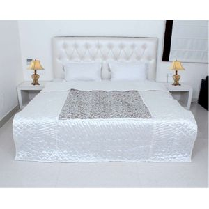 Exotic White Color Silk Printed Double Bed Quilt