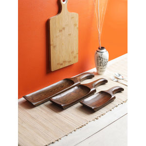 Brown Chilli Teak Wood Snacks Serving Dish Set of Three