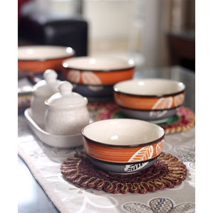 Ceramic Leaf Serving Bowls Set of Four