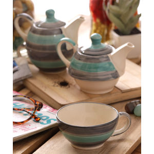Twirling Green Hand Made Ceramic Cup with Kettle Set