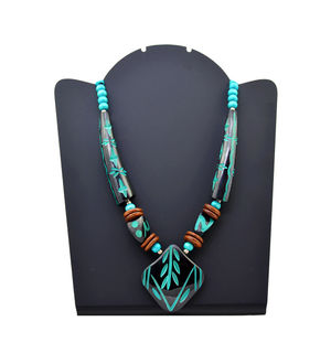 Wood Immitation Black Green Necklace