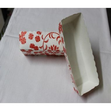 Long rectangle cup liners with red flowers (18 pcs)