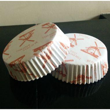 Round Laminated Cake Liner (15cm Diameter) - Windmill Design (10 per pack)