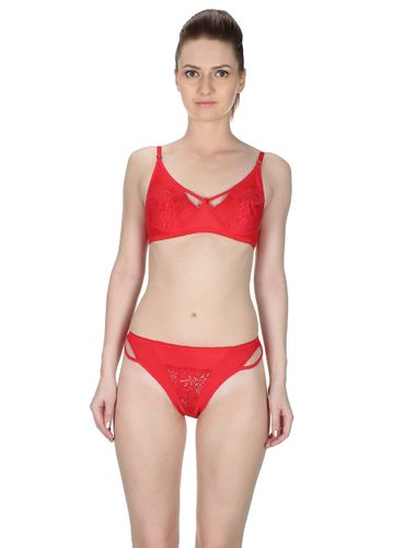 Glus Charming Lady Non wire / Non Padded Bra & Bikini Cut Panty ,  Color - Red