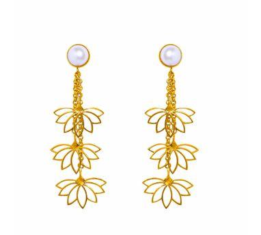 Aditi Bhatt|Lotus And Pearl Earring