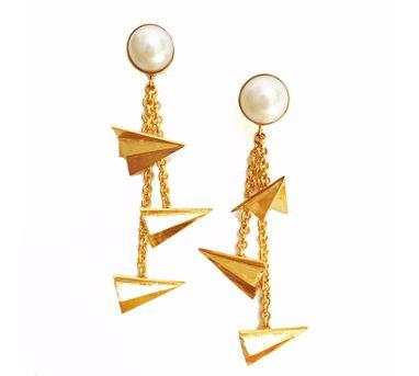 Aditi Bhatt|Pearl Aand Paperplanes Earring