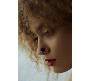Benaazir|Circular Maroon Nose Pin/Clip