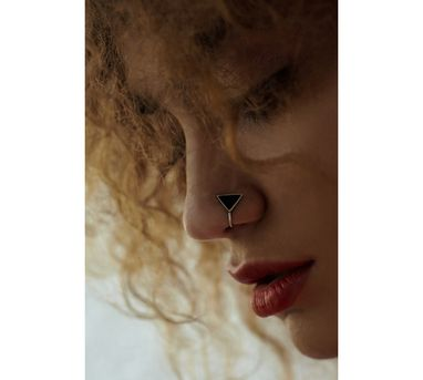 Benaazir|Black Triangular Nose Pin/Clip