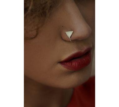 Benaazir|White Triangular Nose Pin/Clip
