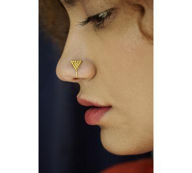 Benaazir|Rava Triangular Gold Nose Pin/Clip