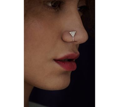 Benaazir|Rava Triangular Silver Nose Pin/Clip