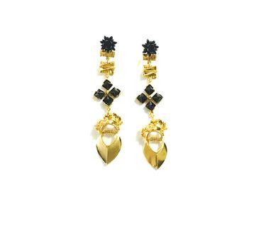 Itrana|Chandelier Earrings