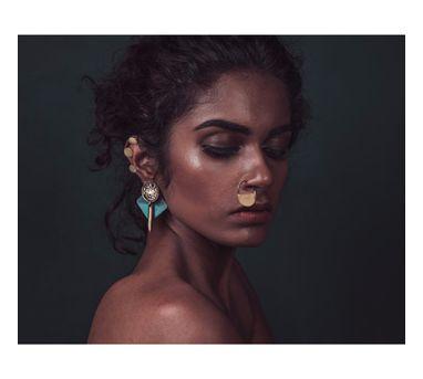 Krithaa|Semi-Circle Nose Pin
