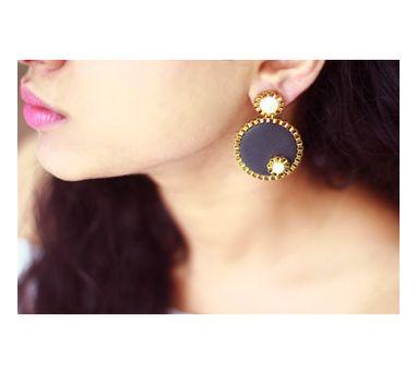RejuvenateIWooden Pearl Enameled Earring