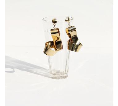 Studio Metallurgy| Big Mobius Twist Earrings Gold