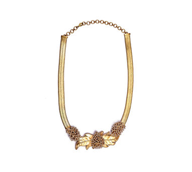 Suhani Pittie | Gold Plated Wire Hasslee With Beaten And Acrylic