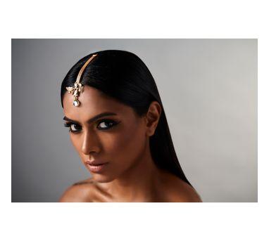 Suhani Pittie|Unsung tribal snake leaf maangtikka