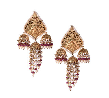 Swara|Chittai Artwork Earring with Pearl Droppings